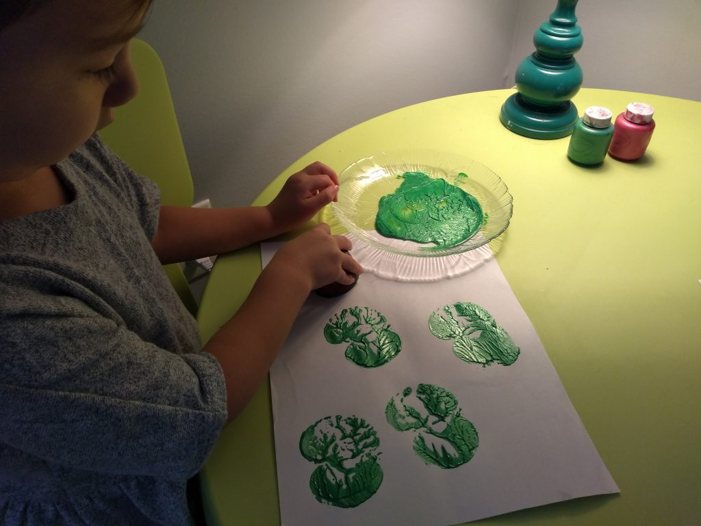 apple painting Fall activity