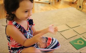 child playing the zero game