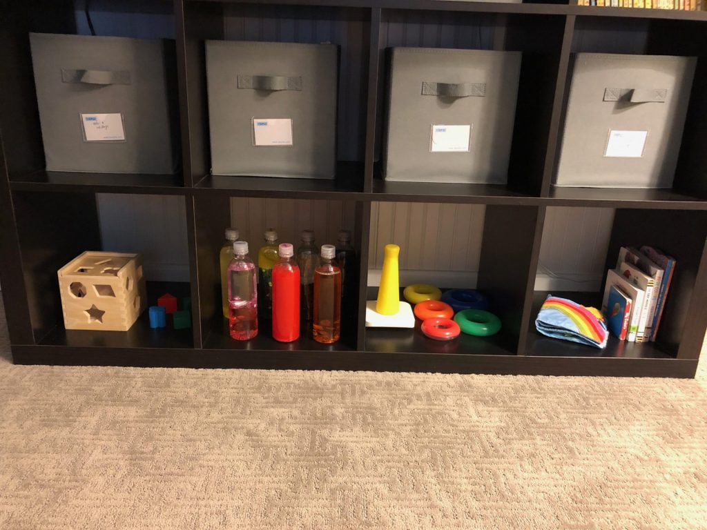 Colors and Shapes toy rotation shelf