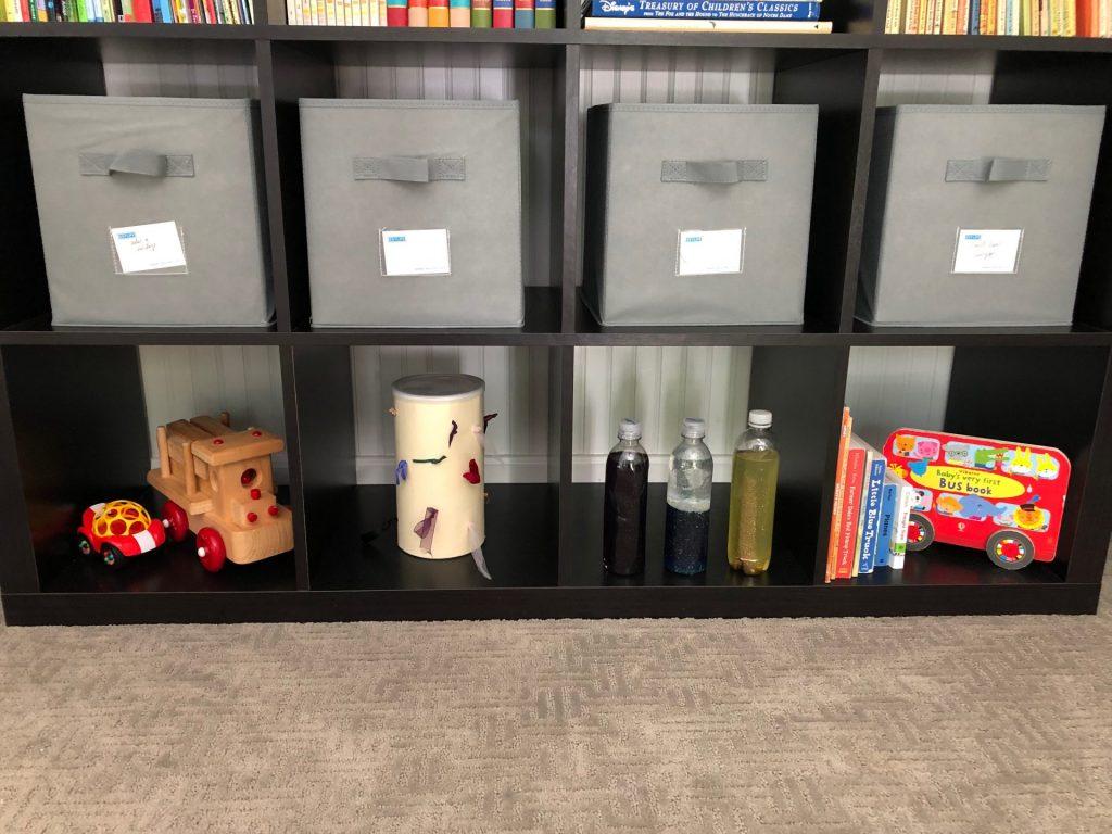 things that go toy rotation shelf