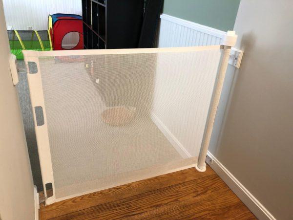 retractable baby gate
